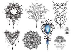 Engångstatueringar med mandalamotiv designat av tatueraren Helene på Studio Bläck.